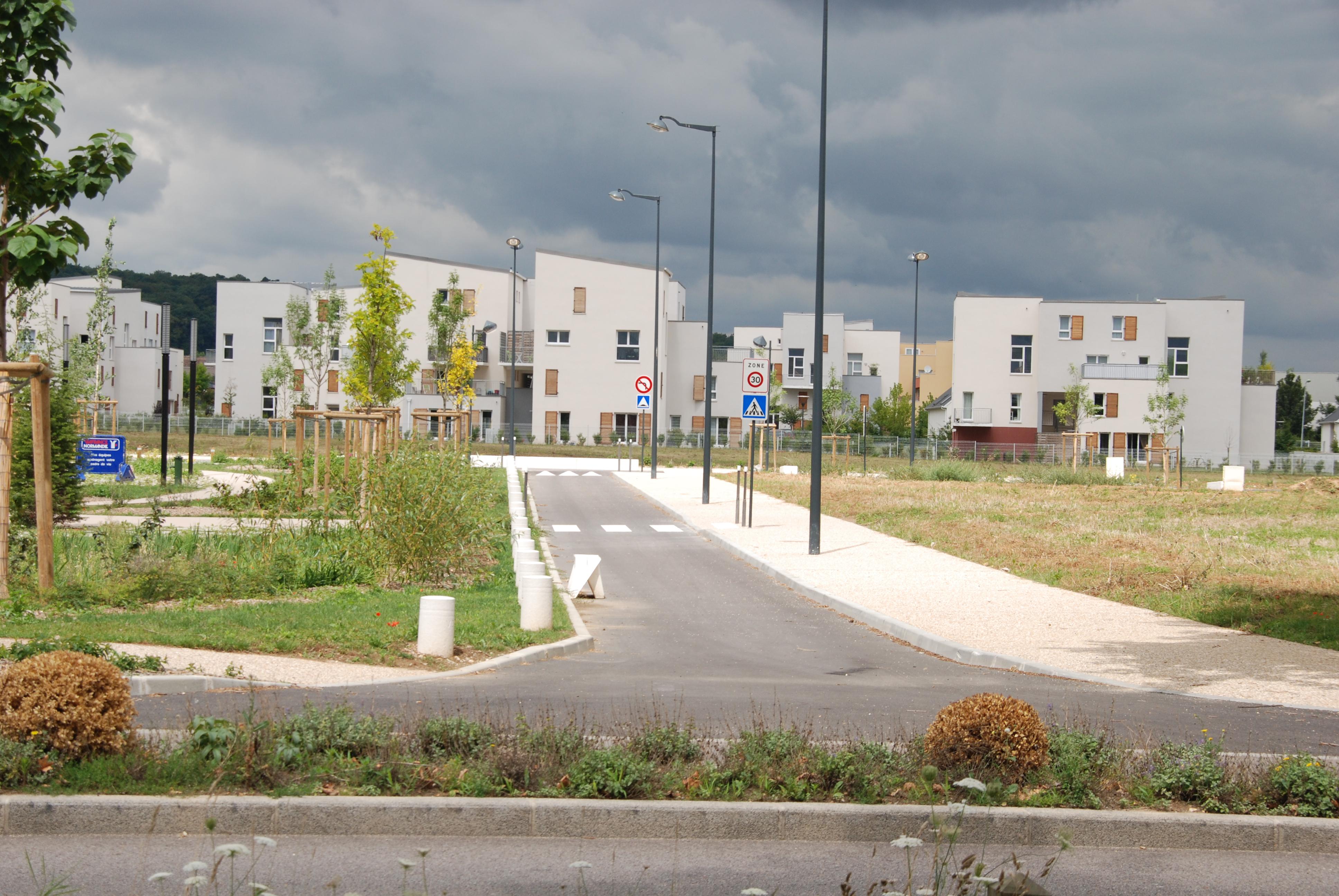 Un dossier «Spécial immobilier à Val-de-Reuil» auquel ni l'Express ni le Nouvel Observateur ont eu accès.