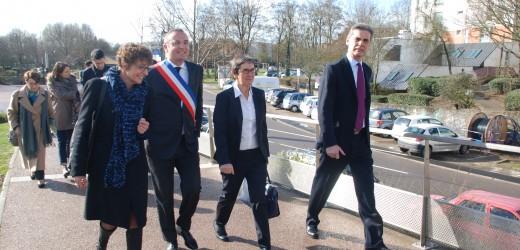 Valérie Fourneyron, Ministre des sports, en déplacement à Val-de-Reuil vendredi 28 février