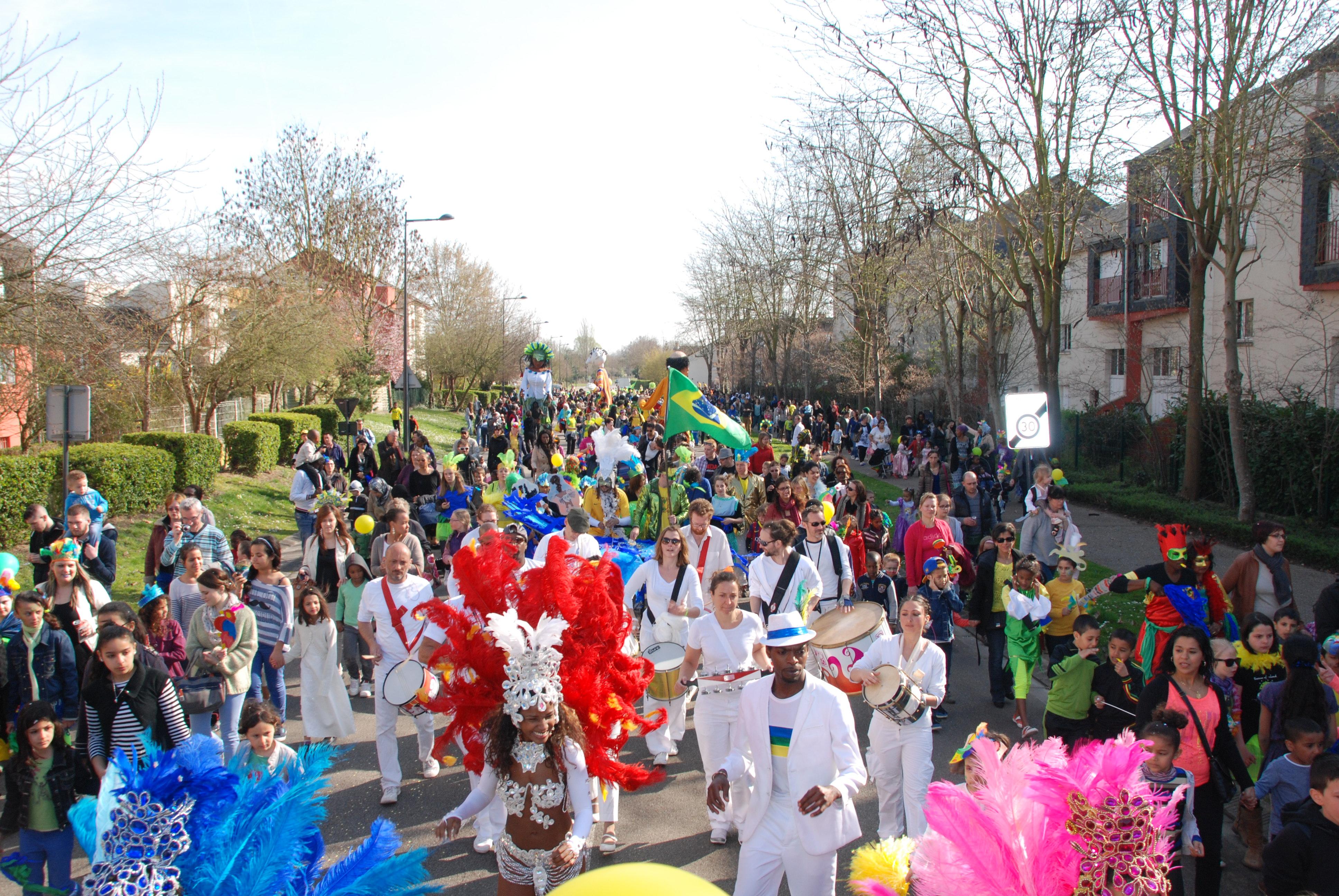Le Brésil à Val-de-Reuil pour un carnaval ensoleillé
