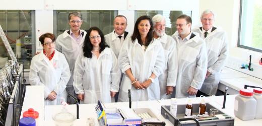 TF CHEM accueille Jean-Michel et Fabien Cousteau pour un partenariat écologique et scientifique