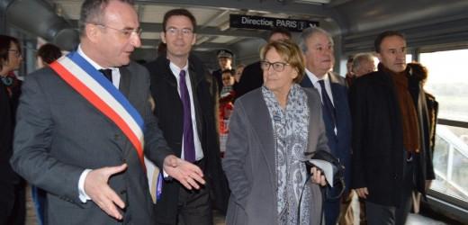 Marylise Lebranchu en visite à Val-de-Reuil