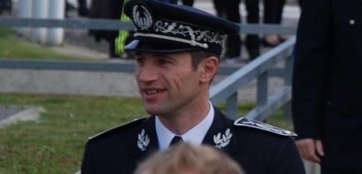 Le commissaire Arnaud Beldon héros de la République