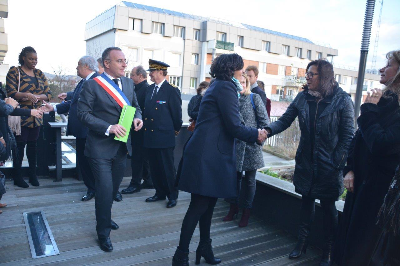Val-de-Reuil accueille Myriam El Khomri, Ministre du travail, de l'emploi, de la formation professionnelle et du dialogue social