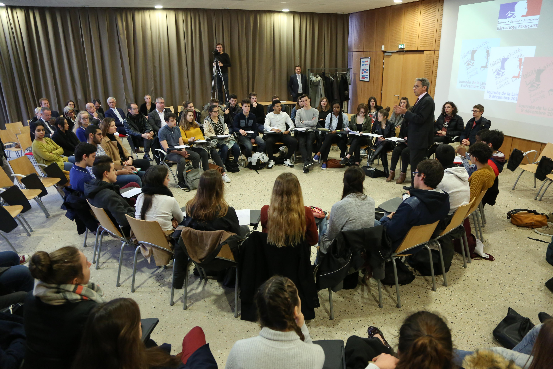 Laïcité: les lycéens ont soif de débats