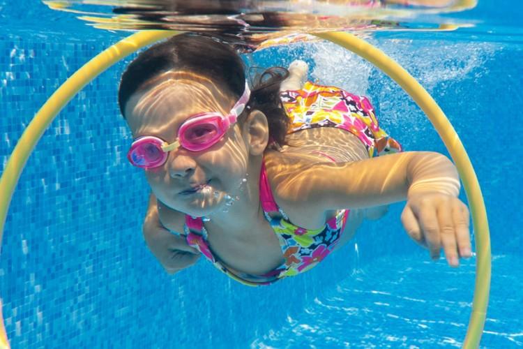 Jeunesse quel menu pour les vacances val de reuil - Horaire piscine val de reuil ...