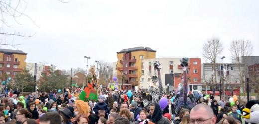 2000 personnes à l'assaut du carnaval !