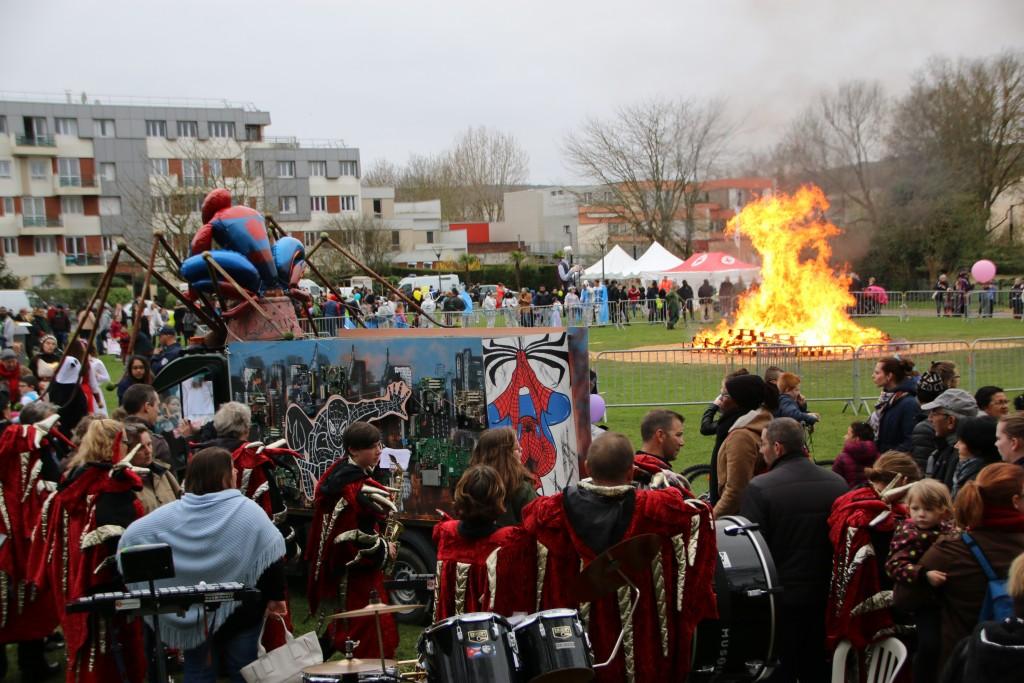 Carnaval est mort, place à la fête !