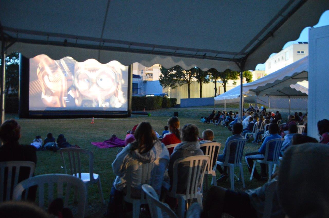 Cin'été 33 films gratuits projetés à la tombée de la nuit