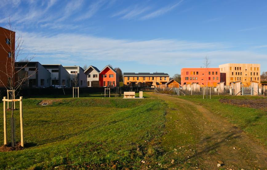 L'écoquartier des Noés vient de remporter un nouveau prix national : le « Grand Prix Ville Durable » du concours Green Solutions Awards 2017. La distinction la plus élevée pour la France