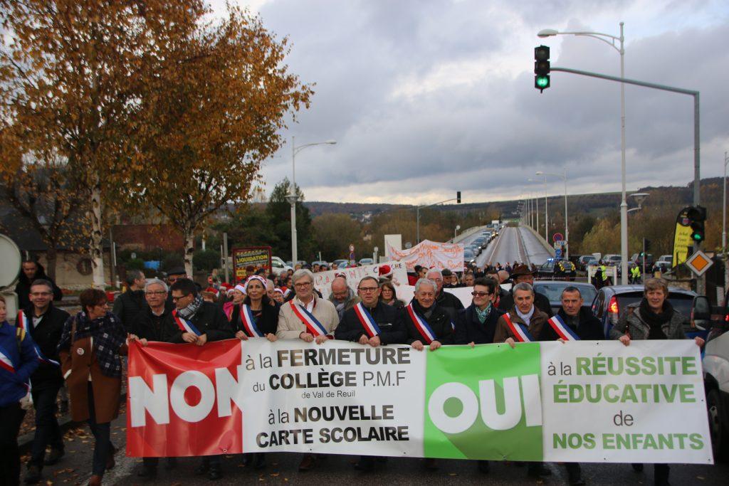 De nombreux élus de l'agglomération ont ouvert la marche