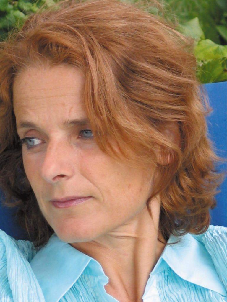 Marie Nimier s'oppose à la fermeture de PMF