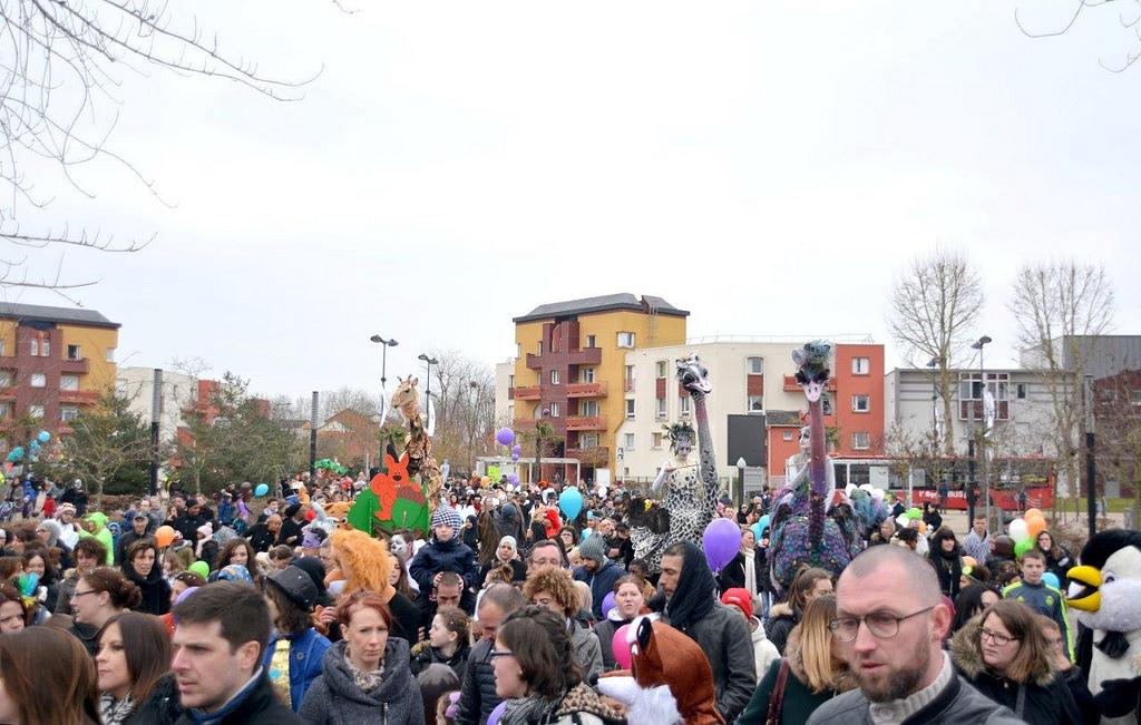 Une parade de 1500 personnes pour le carnaval des animaux !