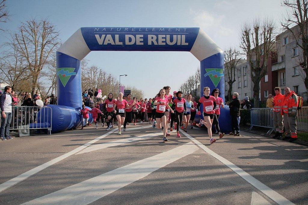 1500 Rolivaloises au départ de la course au féminin !