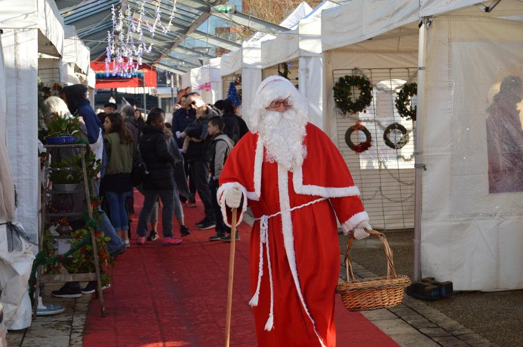 Le père Noël à Val-de-Reuil - 2017