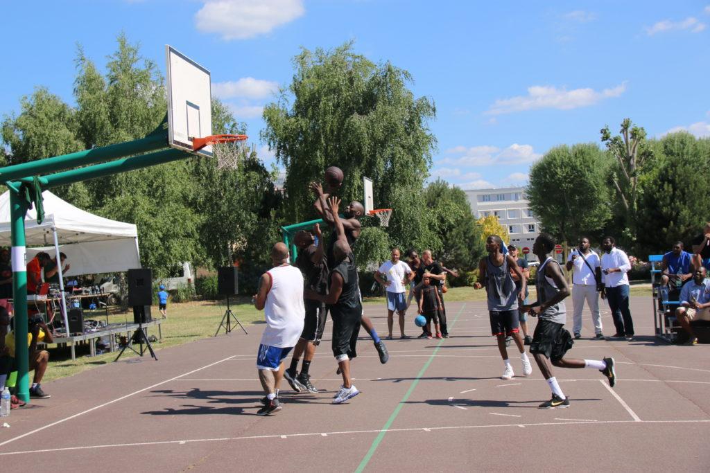 Tournoi de basket à trois