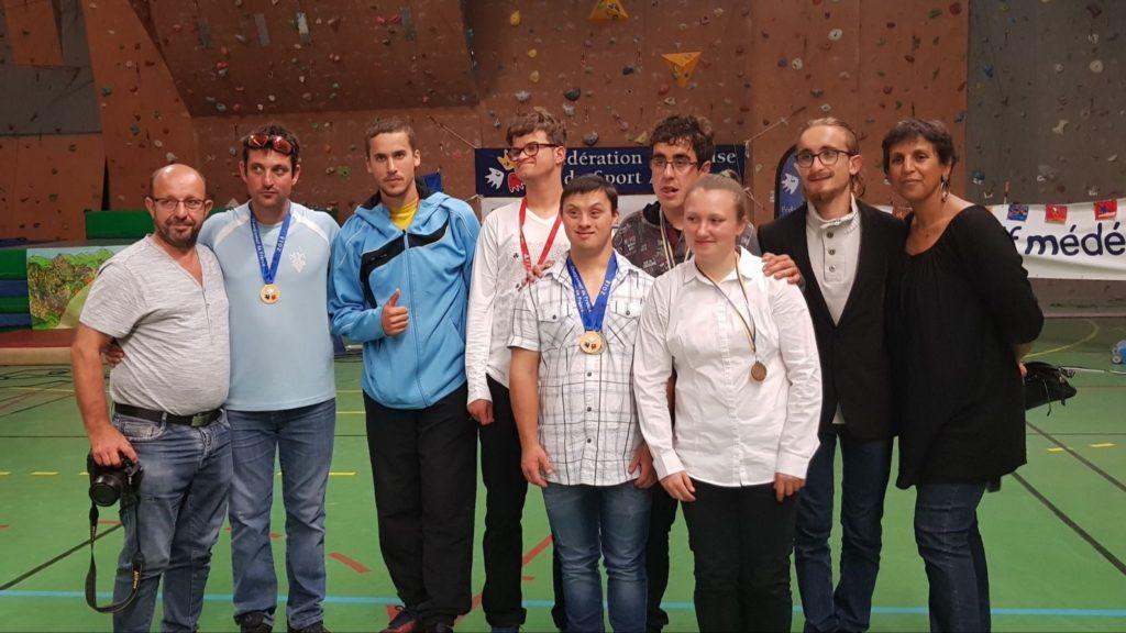 16 médailles pour les kayakistes rolivalois au championnat de France sport adapté de kayak