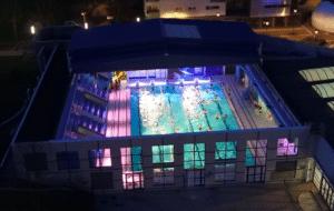 Le toit de la piscine sera ouvert et l'eau chauffée à 30°C