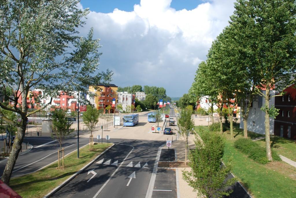 Tout savoir sur les bus et les trains à Val-de-Reuil