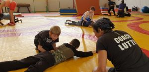 Les enfants de l'IME des Andelys ont pu découvrir la lutte adapté avec le VROL