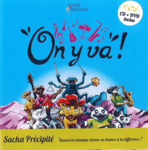 Un CD / DVD / livre jeunesse illustré en vente (16 €)