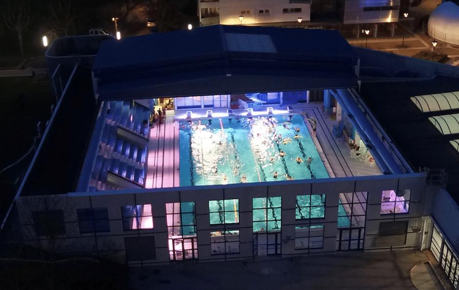 Soirée estivale à la piscine