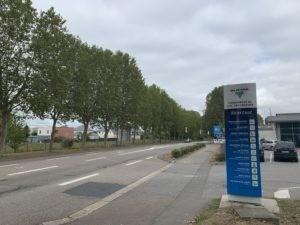 Les commerces du centre commercial des Falaises restent accessibles pendant toute la durée des travaux