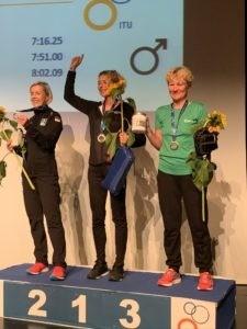 Corinne Lefèvre (à droite) rêvait de monter sur le podium. Elle a réussi !