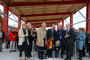 La halle a été inaugurée le 18 octobre en présence Marc-Antoine Jamet, de Jean-Hugues Bonamy (président de la Siloge), de Philippe Madec (architecte de l'équipement)