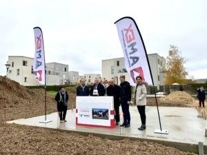 La première pierre des futures maisons de propriétaires a été posée samedi matin voie Bachelière