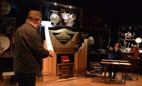 Théâtre de l'Arsenal – «Murmures Machines», Les Vibrants Défricheurs