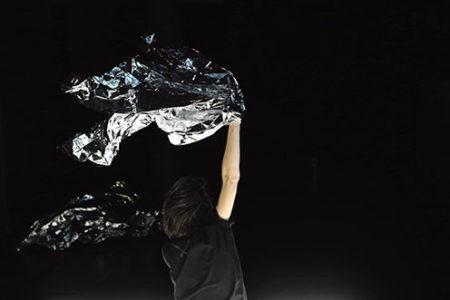 """Théâtre de l'Arsenal – """"Ce que nous dansons personne ne peut nous le prendre"""", Charlotte Rousseau / La Presque Compagnie"""