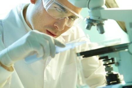 Fermeture du Laboratoire «Pharma» de Janssen-Cilag:Marc-Antoine Jamet monte au créneau
