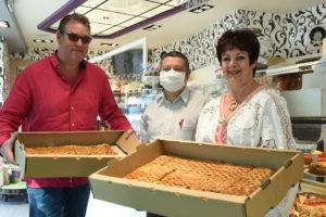 Chaque dimanche, la boulangerie Covin offre des pâtisseries aux résidents de l'Espages.