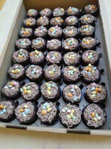 Le jour de Pâques, le boulanger rolivalois avait offert des chocolats à chaque résident.