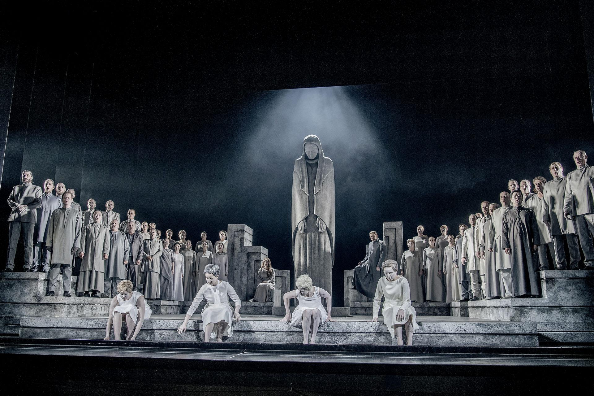 la Ville de Val-de-Reuil, avec l'Opéra Rouen Normandie, lance un parcours gratuit de découverte de l'art lyrique