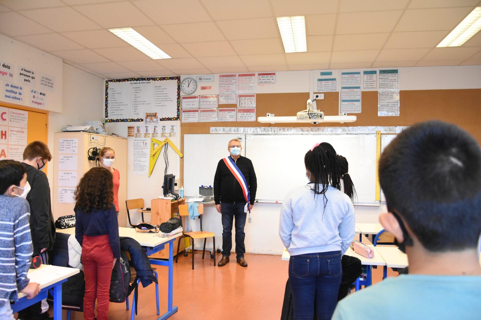 Les écoles rolivaloises ont rendu hommage à Samuel Paty chacune à leur manière