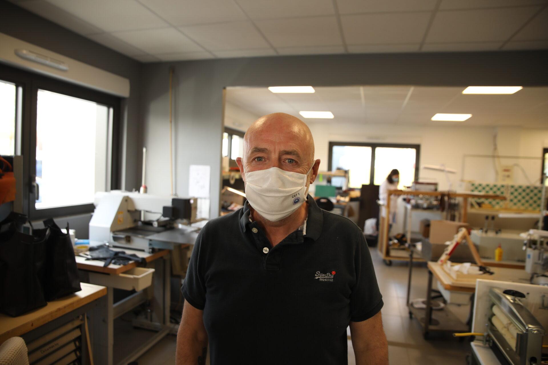 Made in Val-de-Reuil : l'atelier du maroquinier Pierre Portier