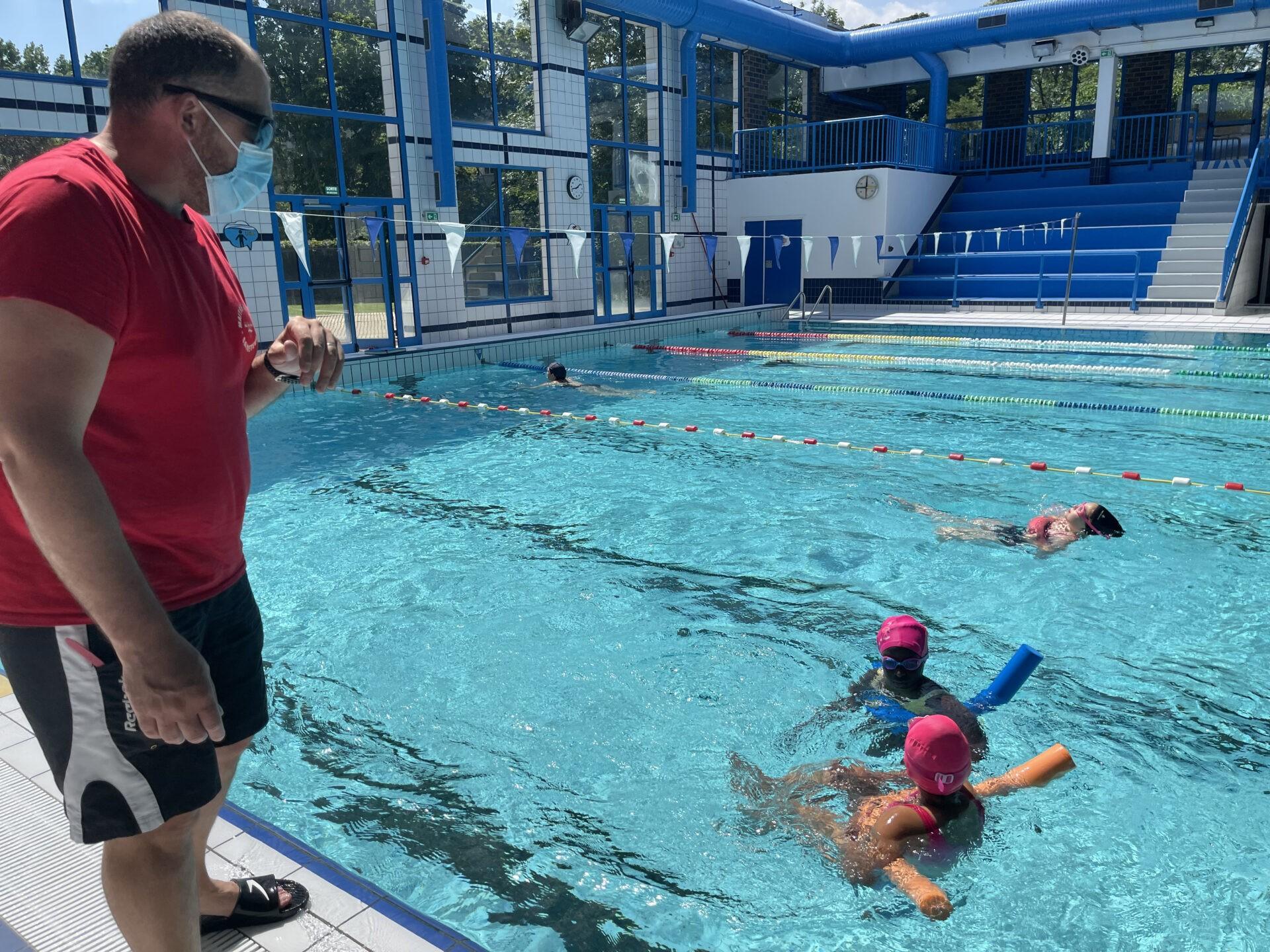 Apprendre à nager tout au long de l'année