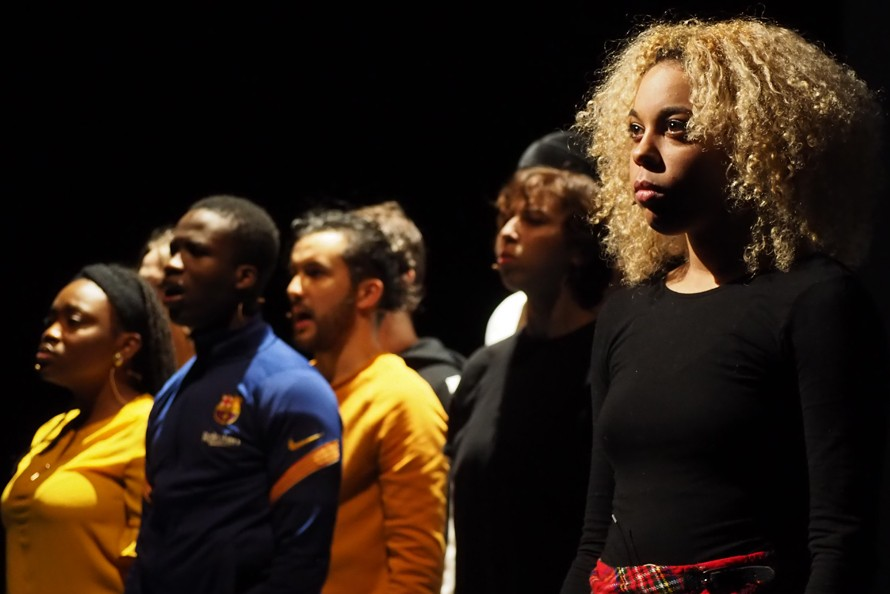 "Théâtre de l'Arsenal : ""Incandescence(s)"", Ahmed Madani"